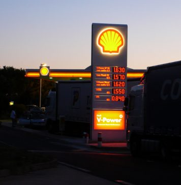 Shell Earnings Hike With Oil Price Rebound
